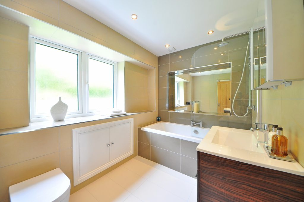 Bathroom tiles floor