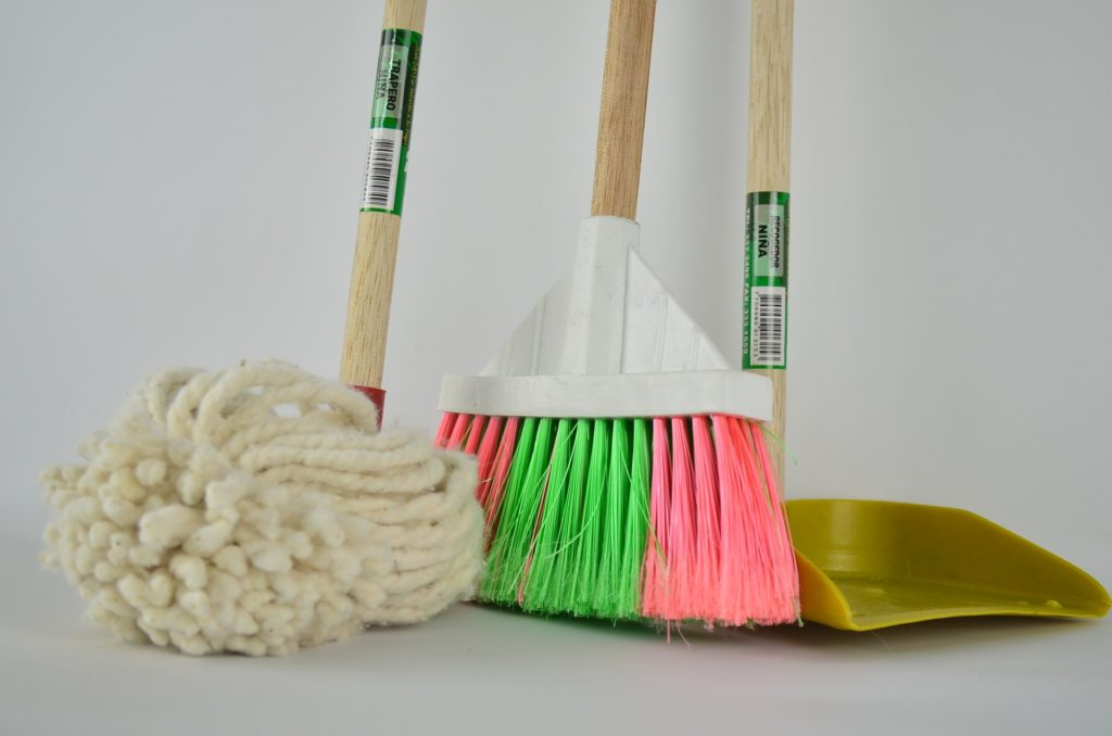A variety of items for house cleaning
